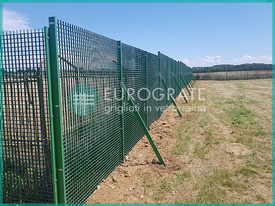 bespoke mesh fencing for a heliport