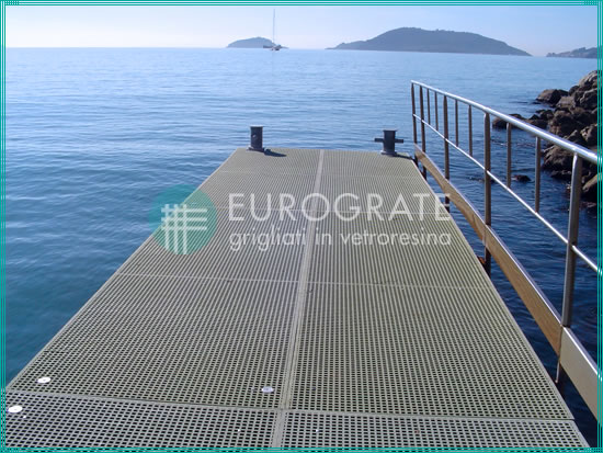 corrosion resistant GRP gratings for the marine sector