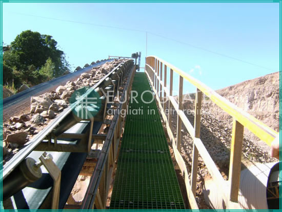 grating walkways with safety handrails used in the mining sector