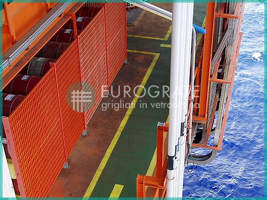 industrial fencing used in a shipping installation