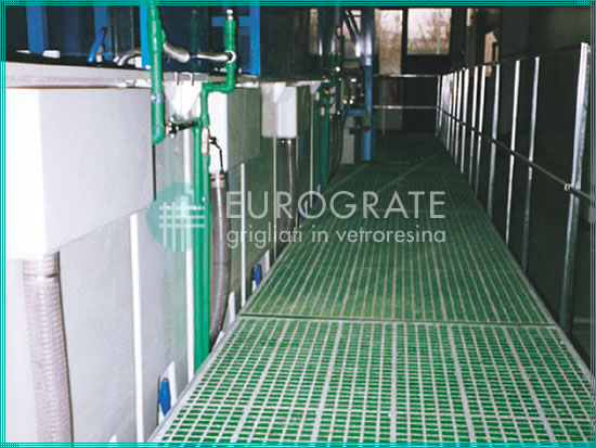 gratings and fencing for the surface treatment sector in the galvanising industry