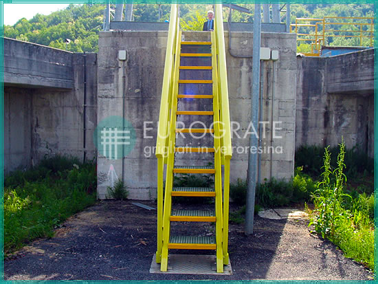 Stair treads and handrails for industrial stairs