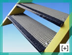 grating stair treads with 8 x 8 h 30 mesh