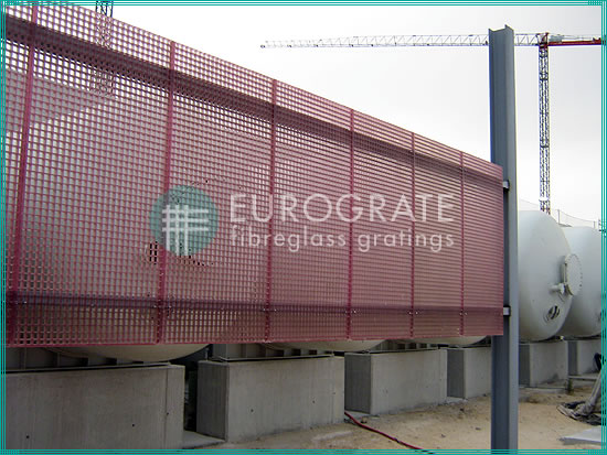 grating fencing protecting tanks in water treatment plants